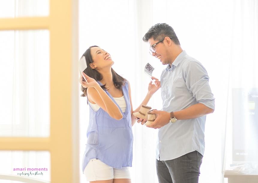 Amari Moments indoor maternity shoot