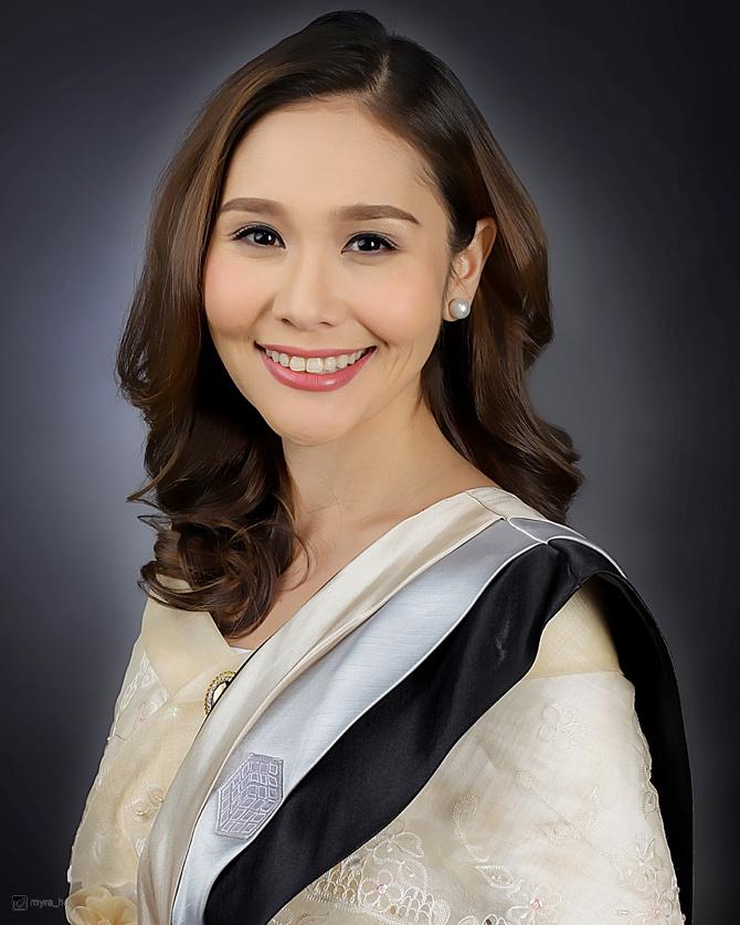 Graduation Photo Shoot by Myra Ho 001